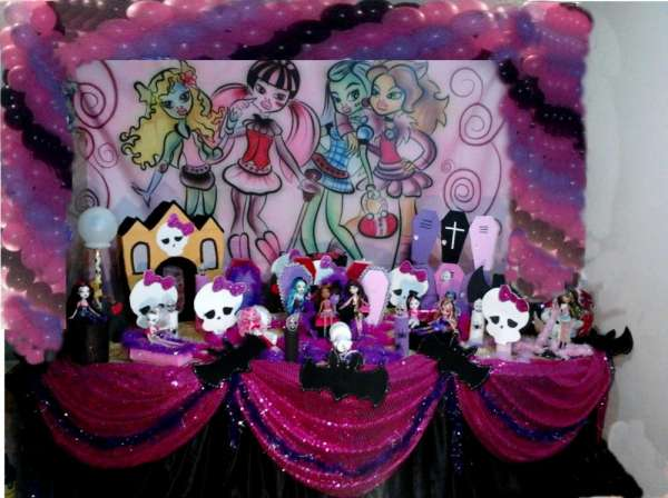 Festa das monster high - whatsaap tel: 99168-1911 / 4106-2823
