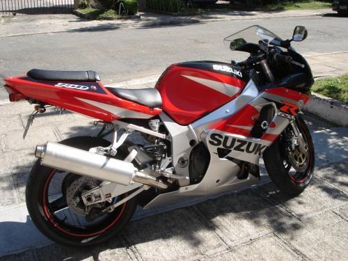 Fotos de Moto gsx-r 750 ano 2003 2