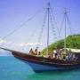 Empresa de turismo nautico com 2 escunas