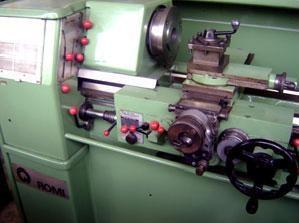 Fotos de Torno mecanico romi hbx usado 1