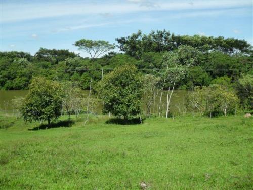 Acim imoveis- imobiliária situada em jaguariúna sp sítio com lagoa e fundo para rio