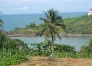 Vende-se casa simples com linda vista para o mar em iriri- es