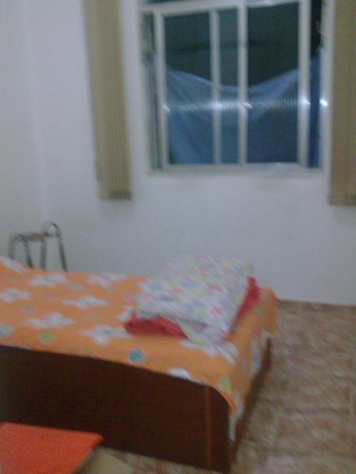 Alugo quarto copacabana