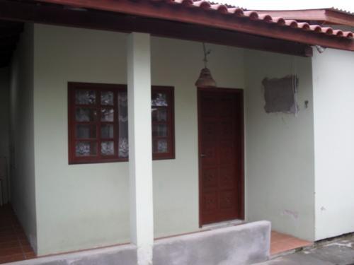 Duas casas de dois dormitórios no mesmo terreno em florianópolis