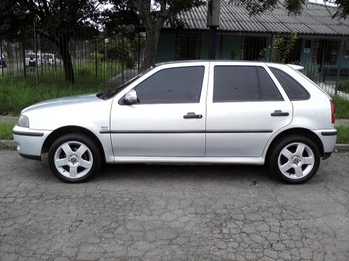 Gol 1.0 turbo lindo carro