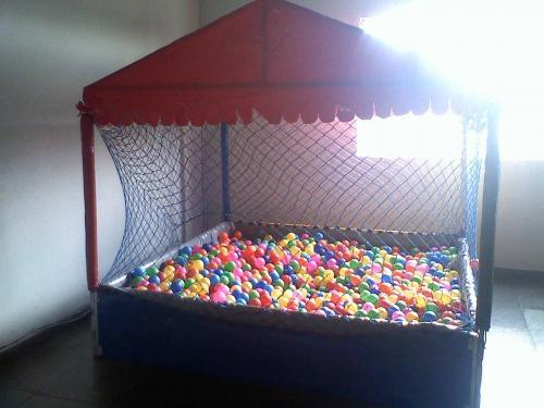 Fotos de Locação de piscina de bolinhas e cama elastica 1