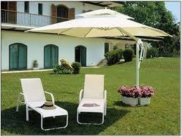Aluguel de ombrelones e tendas