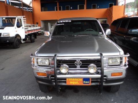 Hilux 4x4 cabine dupla; 2.8 diesel