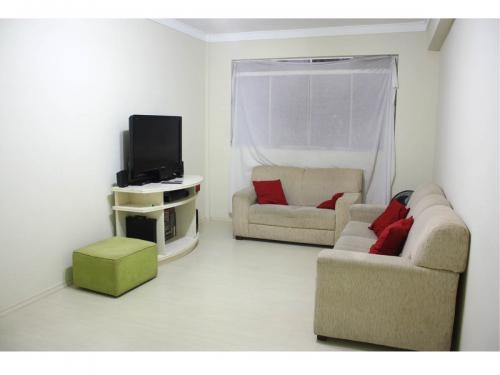 Apartamento espaçoso e totalmente reformado (guarulhos)