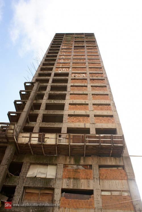 Vendo predio praça da se 28 andares