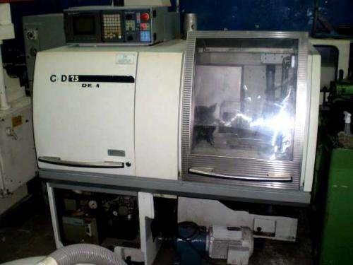 Torno cnc gld 25.acompanha um alimentador automático iemca.