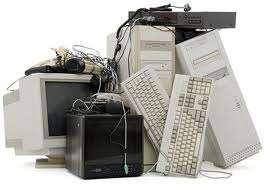 Limpeza de lixo de eletroeletrônicos