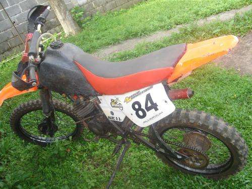Moto yamaha dt 180cc