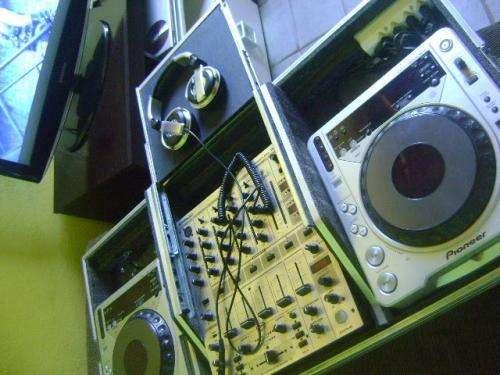 Dj com equipamentos top - dj c/experiência