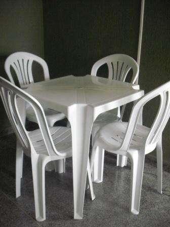 Aluguél de mesas e cadeiras curitiba