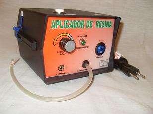 Aplicador de resina epóxi, dosador de resinas líquidos brmaq-brindes