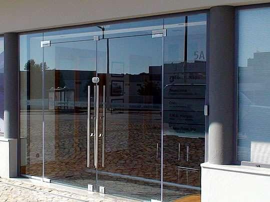 Persianas e portas de vidro 1139810705