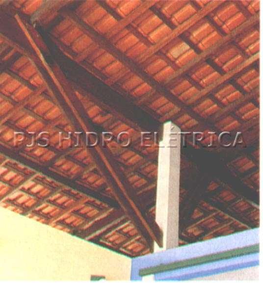 Construção e restauração de telhados (11) 3531-2017