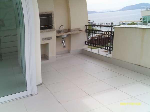 Frente ao mar-canasvieiras-florianópolis-cobertura duplex