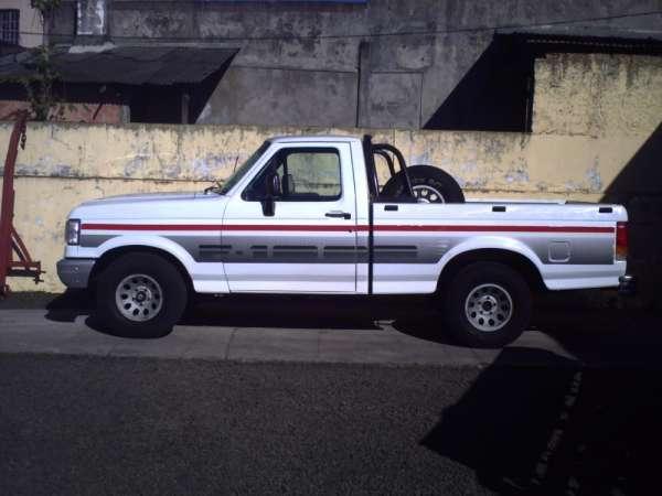 Vendo f-1000 super barata ano 1995 super serie