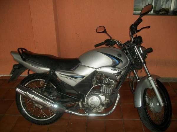 Vendo moto ybr, 125 cc, 2007, prata