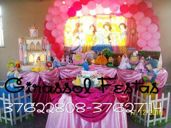 Festa infantil completa com mesa decorada rj