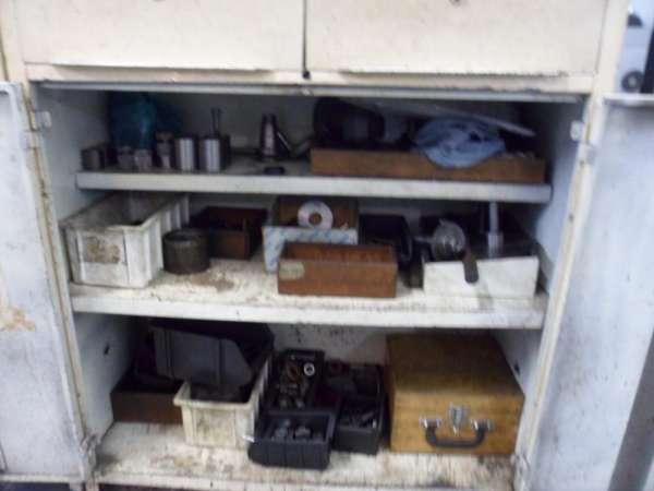 Vendo maquinário e alguns equipamentos