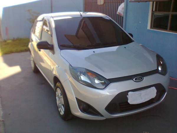 Ford fiesta 1.0 2011 baixa km unico dono