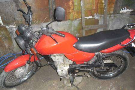 Moto honda - cg 125 ano 2005 - niterói rj r$ 2,500