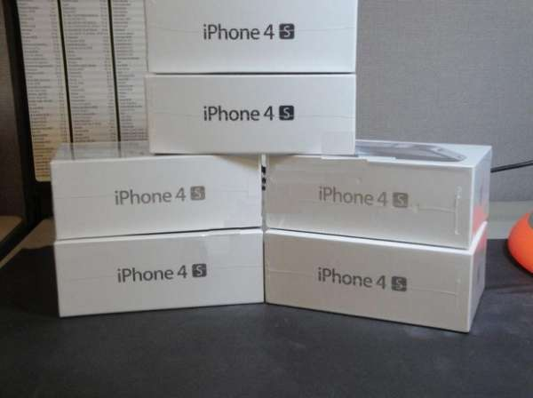 Apple iphone 4s 64gb desbloqueado (preto / biancho).