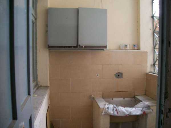 Fotos de 950,00 alugo um apartamento de um quarto e sala 4