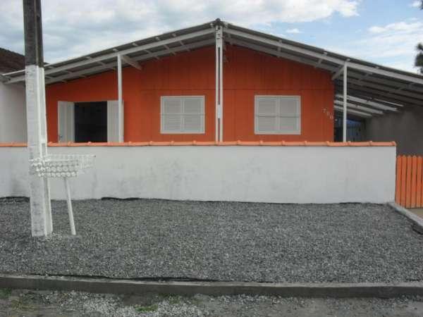 Casa com piscina p/ 14 pessoas praia de leste pontal do paraná