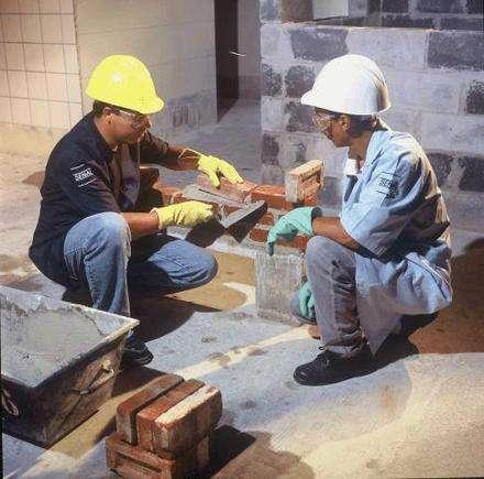 J&j construcoes e reformas joaquim silvestre