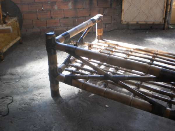 Sofá de bambu mossô com cana da índia tratada em São Paulo ...