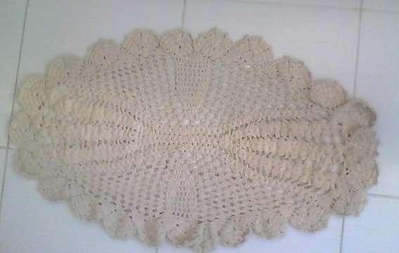 Tapetes de crochê em barbante artesanato