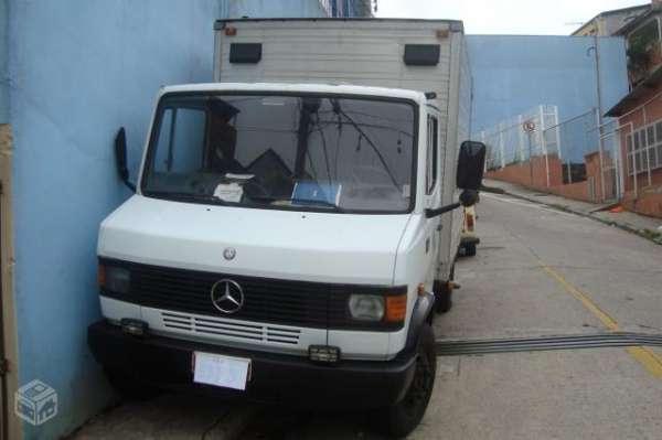 Mercedes 709 bau 96 otimo estado (particular)