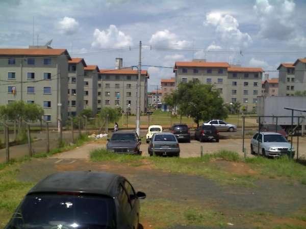 Urgente apartamento com 2 dormitórios 3 andar campinas cdhu san martins