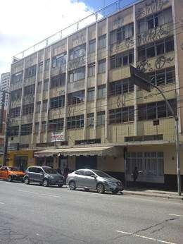 Vende-se predio de 4 andares no centro de curitiba-pr ?timo p/hotel ou kitinet s?o 45 apartamentos