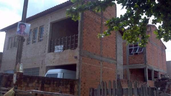 Vende-se ou permuta por sitios 4 casas com renda de r$ 2.800,00