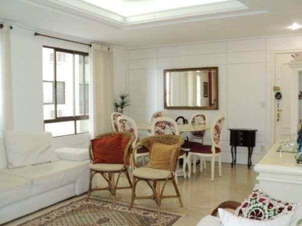 Excelente apartamento ao lado do cólegio catarinense
