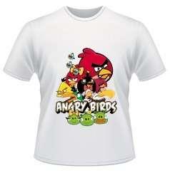 Camisas personalizadas nos tamanhos adulto e infantil.