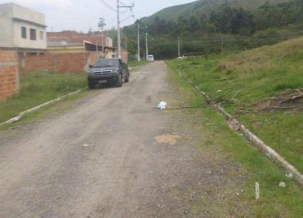 Terreno muito bem localizado na estrada da paciencia