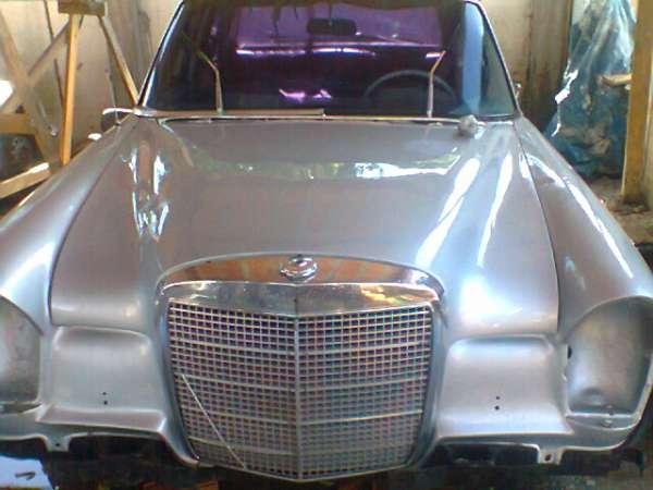 Mercedes antiga 1967 para restaurar