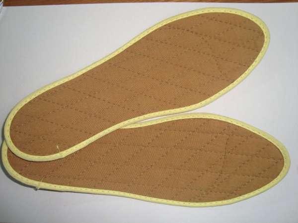 Plantillas de canela contra mal olor de pies