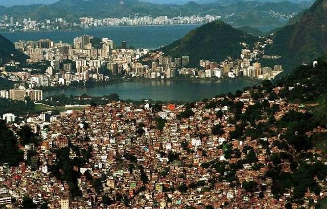 Passeio para favela da rocinha rio de janeiro