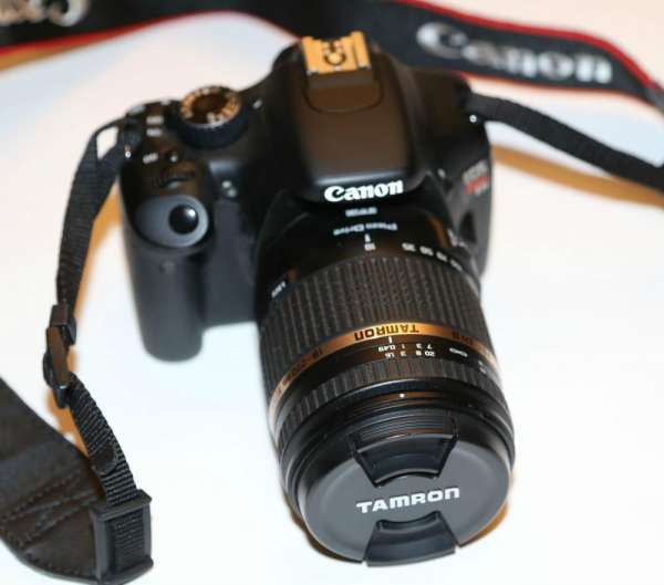 Canon eos digital rebel t2i 550d 18 mp kit dslr camera w / ef-s 18-55 mm is lens