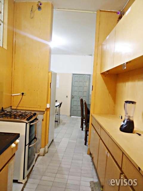 Vagas para moças em casa mobiliada com baixo custo