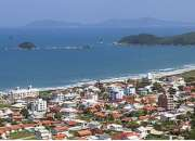Apartamentos para Temporada na praia de Palmas sc