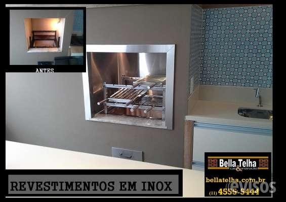 Revestimento em inox, as paredes internas da churrasqueira e a boca da churrasqueira foram revestidas em inox. tambem fornecemos o grill.