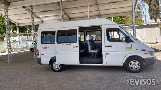 Vendo van sprinter de luxo, 313 cdi, teto alto, com vários acessórios de conforto.